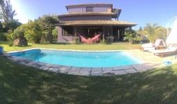 Linda Casa Praia do Rosa - REF: 5250