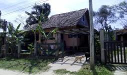 Casa no Village  - REF: 6727