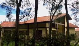 Casa de alto padrão na Praia da Barra - REF: 6683