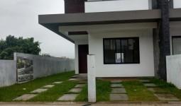 Casa/sobrado no bairro Panoramico - REF: 6595